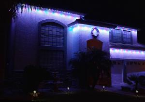 holiday-home-lights-1